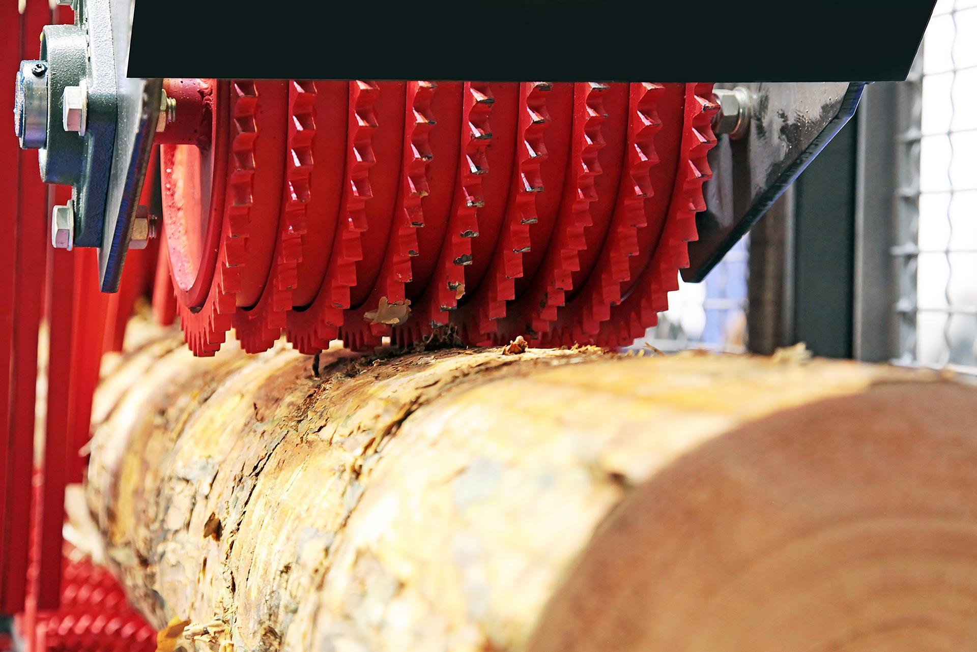 Rukovatelj-u-primarnoj-obradi-drva