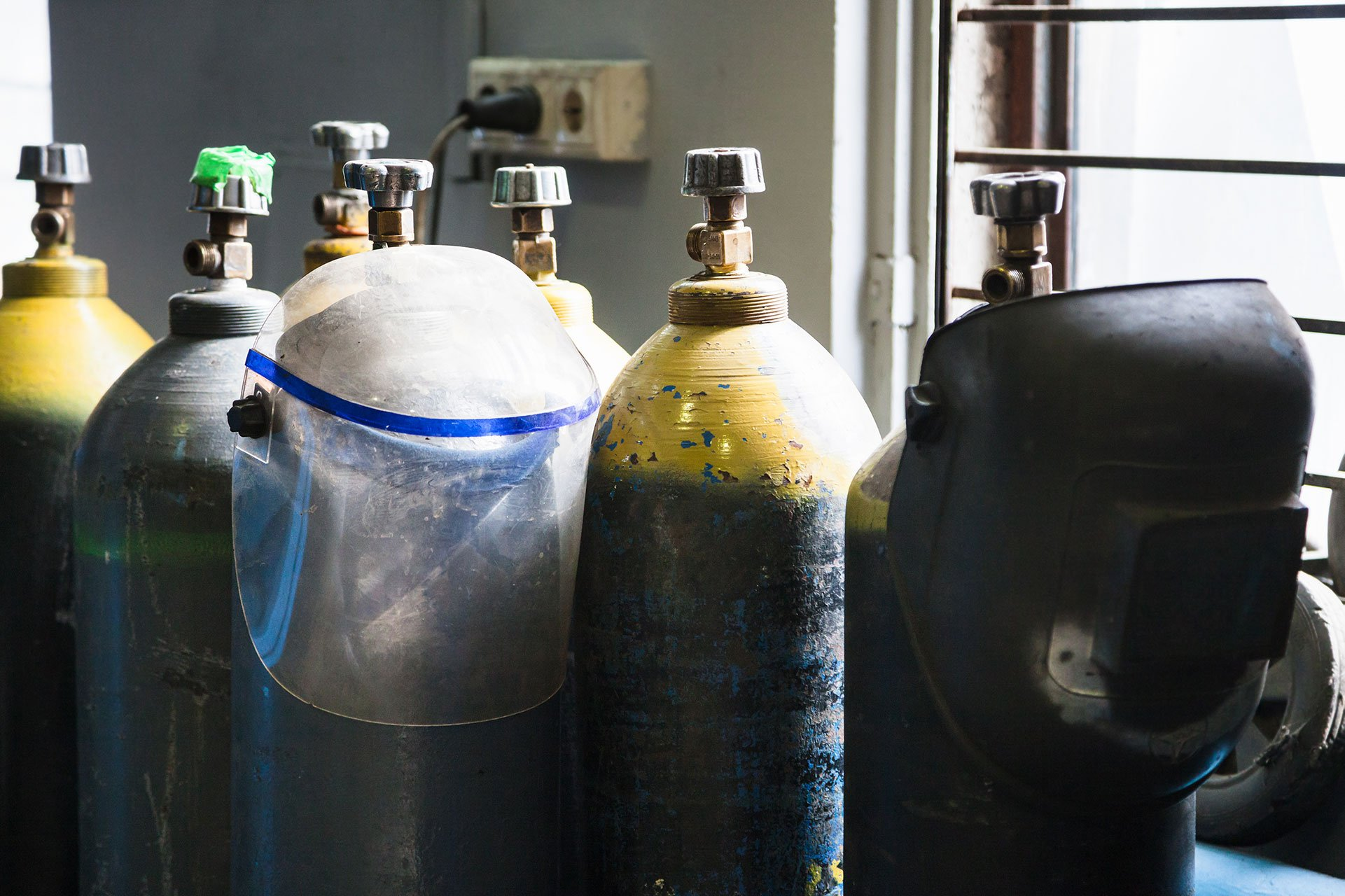 Punitelj-tehnickih-plinova