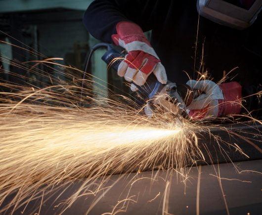 Rukovatelj ručnim mehaniziranim alatima (bušilice, brusilice, kompresori…)
